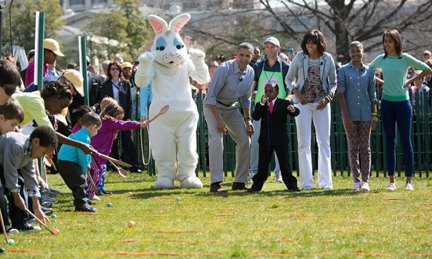 "President Barack Obama, First Lady Michelle Obama, and daughters Sasha and Malia, along with ""Kid President"" Robby Novak, join children on the South Lawn for the 2013 White House Easter Egg Roll (Official White House Photo by Lawrence Jackson)"